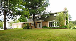 Beautiful 5 bedroom home with 3 bedroom rental income