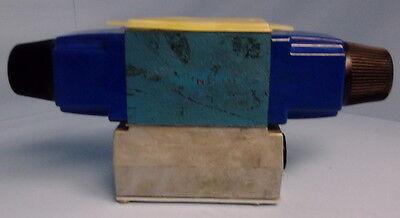 Vickers Dg4v-3-2c-m-w-b-40 Directional Control Solenoid Valve Nib Kjs