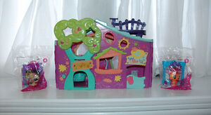 Littlest Pet Shop Club Treehouse Playset Plus 2 Mcd Pets