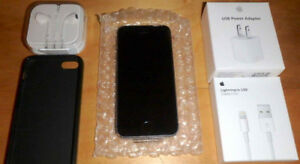 iPhone 5s 64GB NEW with balance of Applecare