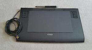"Wacom INTUOS3 6x11"" Tablet with Grip Pen"