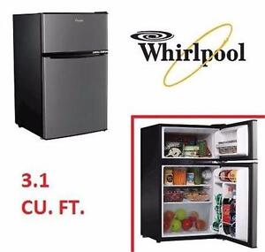 USED WHIRLPOOL MINI REFRIGERATOR 3.1 CU. FT. MINI FRIDGE WITH FREEZER STAINLESS STEEL HOME KITCHEN APPLIANCE 96014890