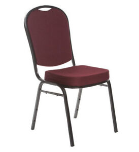 Chaise empilable,stacking chair,église church restaurant hotel