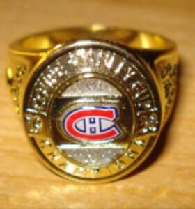 MONTREAL CANADIENS NHL STANLEY CUP RING WITH BOX.