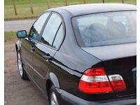 BMW 318 i SE ((( 3 SERIES )) *FULL SERVICE HISTORY* MOT- 11 MONTHS * METALLIC BLACK * 5 DRS SALOON*