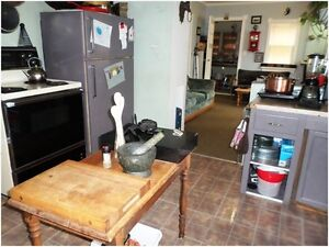 House with Contents for Sale !! Just Reduced !! Regina Regina Area image 3