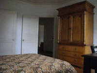 FURNISHED BEDROOMS, 6 MIN to McGILL/DOWNTOWN MTL & 7 MIN to UdeM