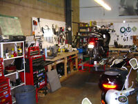 Licenced mechanic for motorcycles and scooters