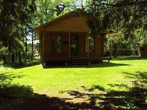 One Bedroom Log Chalet in Tatamagouche on the water