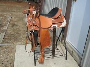 """***SOLD**** """"Like New"""" 16"""" Circle Y Show Saddle"""