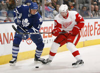 ***RED WINGS VS MAPLE LEAFS***$100 FOR THE PAIR