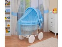 Waldin Luxury Moses Basket on Wheels