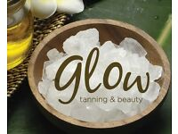 Receptionist - job opportunity in a vibrant beauty and tanning salon