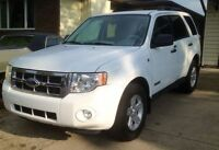 *one owner*only 66k* 08 Ford Escape HYBRID 4WD AWD