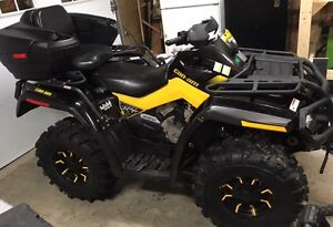 2010 Can Am Outlander XTP 650...only 3233km