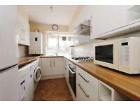 3 Bedroom ground floor flat on Smithwood Close, Southfield £1850