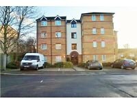 Morden Speciouse Furnished Two Bedroom (1 Double+ 1 single) Flat. Close to Higham Park station