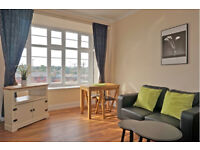Recently refurbished finished to a high standard 1 bedroom flat, 5 mins to Acton Main Line station