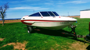 "17"" Glastron Speed Boat"