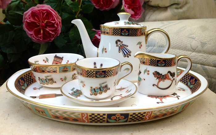 What to Look for When Buying Royal Crown Derby