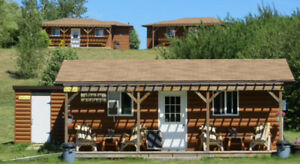 U-Pick Fruit Orchard, Dwssert Cafe, 2 Log Cabin B&B