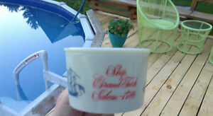 OLD SPICE SHAVING MUG - LATE GLASS MUG - 1964 TO 1978 Gatineau Ottawa / Gatineau Area image 1