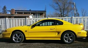1994 Ford Mustang cuir Autre
