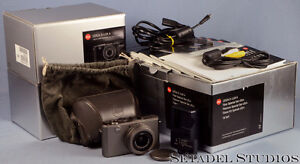Leica D-Lux 4 Titanium Special Set Camera Outfit Mint [20692] Kitchener / Waterloo Kitchener Area image 1