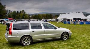 2005 Volvo V70 2.5T Sport Wagon
