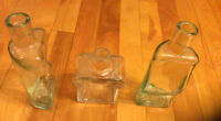 Various glass vases/decorations