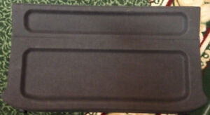 2002-2003 Mazda Protege 5 Hatchback Cache Bagage/ Luggage Cover
