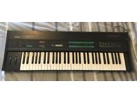 Yamaha DX9 Synthesizer