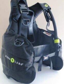 USED Aqualung Breaker XS BCD Scuba Dive Salisbury Brisbane South West Preview