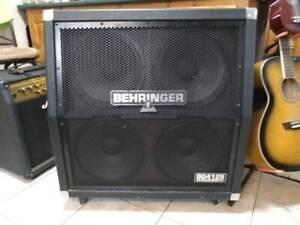 Behringer BG412S Ultrastack 400 Watt 4x12 Stereo Surround Electr