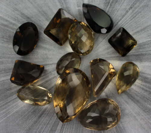 Big Stone!!  1000 Carats of Smokey Quartz or Smokey Topaz gemstones. Hand Picked