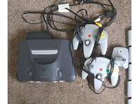 Nintendo 64 + 12 Games, 2 controllers, exp pack