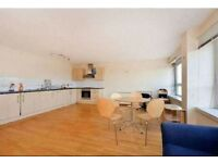 Incredibly cheap 2 bed 2 bath apartment with transport, shops and amenities right on your doorstep