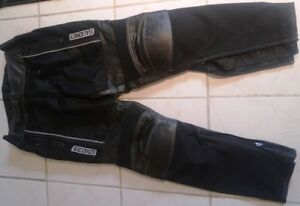Motorcycle pants size 32