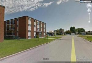 Newly Renovated 2BR in Gatineau, 819.661.6535