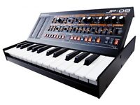 ROLAND Boutique JP-08 WITH K25M KEYBOARD