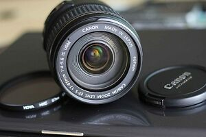 canon EF S 17 85 IS USM zoom lens