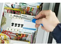Qualified Electrician with 17th Edition < 07541631739