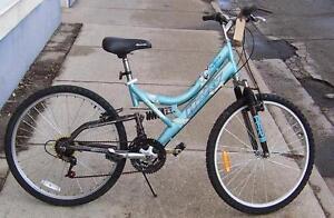 "Ladie's Huffy Avarice Dual Suspension MTN. Bike ""USED"" ""Warranty"""