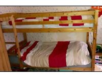 Solid wood bunk beds with 2 mattresses
