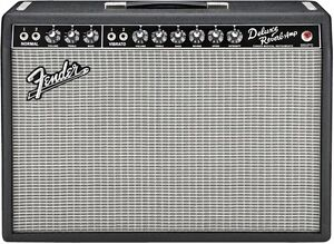 Fender Deluxe Reverb Reissue with Gator Road Case