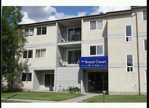 2 BDRM in suite Laundry west end (north calling wood) Inc :Heat