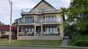 New Luxury Suites On Riverside Drive ~ Avail Oct 1st