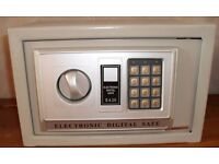 House safe electronic and digital small
