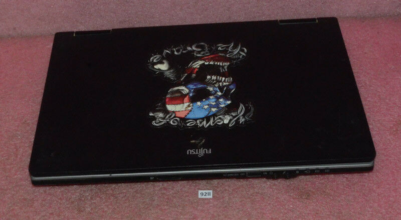 Fujitsu Lifebook Model E752.