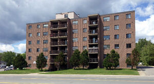 Rideau Place (634 Lasalle)- Off Lasalle- Close to all amenities